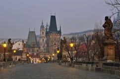 Tour de passerelle de passerelle de Charles, Prague Image stock