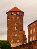 Tour de Sandomierska sur le château de Wawel à Cracovie Image libre de droits