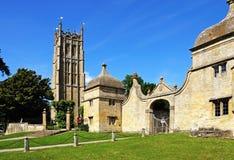 Tour de St James Church, ébréchant Campden photographie stock