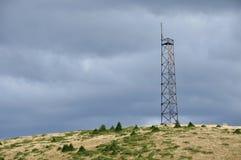 Tour de télécommunication dans l'extérieur Image libre de droits