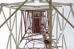 Tour de télécommunication, vue de dessous Photos libres de droits