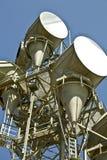 Tour de télécommunications de micro-onde Image stock