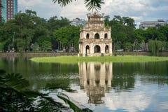 Tour de tortue Thap Rua dans le lac sword de lac Hoan Kiem, Ho Guom à Hanoï, Vietnam Image libre de droits