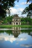 Tour de tortue Thap Rua dans le lac sword de lac Hoan Kiem, Ho Guom à Hanoï, Vietnam Photo stock