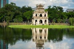 Tour de tortue Thap Rua dans le lac sword de lac Hoan Kiem, Ho Guom à Hanoï, Vietnam Images stock