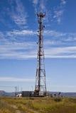 Tour de transmission. Antenne de téléphone. Image stock