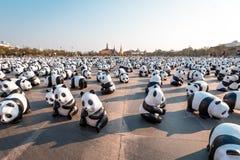 Tour du monde de 1.600 pandas à Bangkok, Thaïlande Photographie stock libre de droits