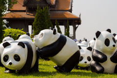 Tour du monde de 1600 pandas Photo stock