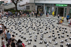 Tour du monde de 1600 pandas en Hong Kong Photo libre de droits
