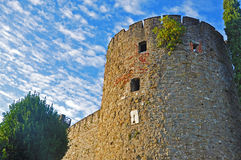 Tour du vieux château à Gorizia images stock