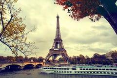 Tour Eiffel à Paris Photographie stock libre de droits