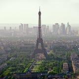 Tour Eiffel à Paris - en France photo libre de droits
