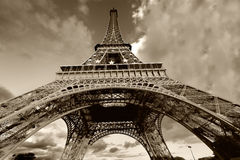 Tour Eiffel en noir et blanc photographie stock libre de droits