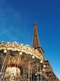 Tour Eiffel et le carrousel Image stock