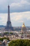 Tour Eiffel et Les Invalides, Paris Photo stock