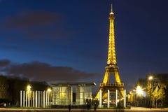 Tour Eiffel et mur pour la paix Photos libres de droits