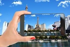Tour Eiffel, hôtel de Ballys, planète Hollywood et la bande avec la piscine de Bellagio dans l'avant Photos stock