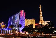 Tour Eiffel Paris et hôtel de Ballys à Las Vegas image libre de droits