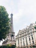 Tour Eiffel pendant l'été Photos stock