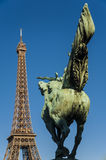 Tour Eiffel and statue Royalty Free Stock Photos