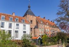 Tour et maisons médiévales chez le Zuidsingel à Amersfoort Photographie stock libre de droits