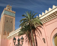 Tour et palais à Marrakech, Maroc Photos stock