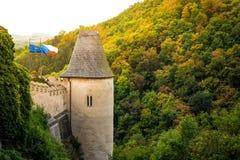 Tour latérale de château de Karlstejn La Bohême centrale, villa de Karlstejn Images stock