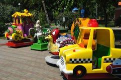 Tour locomotif de train d'amusement image stock