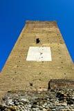 Tour médiévale de montre de dessous photos stock