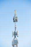 Tour mobile de mise en réseau avec le récepteur et l'émetteur Photos stock