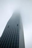 Tour néoclassique de gratte-ciel images stock