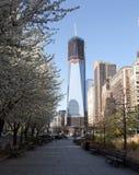 Tour New York en construction de liberté Photographie stock