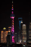 Tour orientale de perle et place financière du monde de Changhaï Images stock