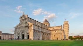 Tour penchée de Pise et de cathédrale de Pise, Italie banque de vidéos