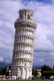 Tour pench?e de Pise, Italie photographie stock