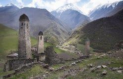 Tour résidentielle du village avec une histoire mille an de la république Igushetii, Russie Image libre de droits