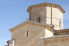 Tour romane de lanterne d'église Photographie stock