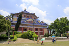 Tourise参观中山纪念堂在广州,瓷 库存图片