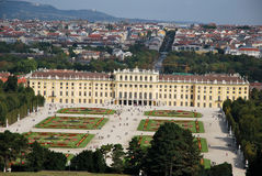 Tourism in the Schönbrunn palace of Vienna Stock Photography