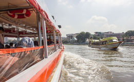 The Tourism and travel in Bangkok by the Chao Phraya Express Boa Royalty Free Stock Photos