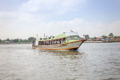 The Tourism and travel in Bangkok by the Chao Phraya Express Boat Royalty Free Stock Photos