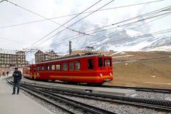 Tourisme en montagnes d'Alpes Image libre de droits
