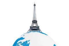 Tourismus-Konzept. Eiffelturm über Erdkugel Lizenzfreies Stockbild