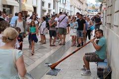 Tourismus in Kroatien-/Straßen-Entertainer Lizenzfreie Stockfotos