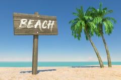Tourismus- und Reisekonzept Hölzerne Richtung Signbard mit Strand unterzeichnen herein tropischen Paradise-Strand mit weißer Sand lizenzfreie stockfotografie