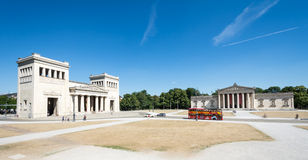 Free Tourist At The Koenigsplatz In Munich Royalty Free Stock Photography - 59968607