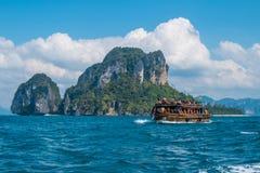 Tourist auf dem Strand in Thailand, Asien Lizenzfreies Stockbild