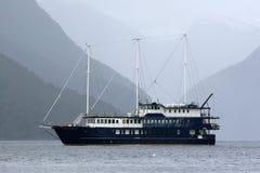 Tourist boat,. Doubtful sound, fiordland, southland, south island, new zealand Stock Photos