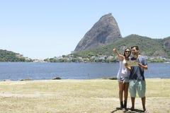 Tourist couple in Rio de Janeiro Royalty Free Stock Photography