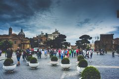 Tourist crowds in the Rome city centre royalty free stock images
